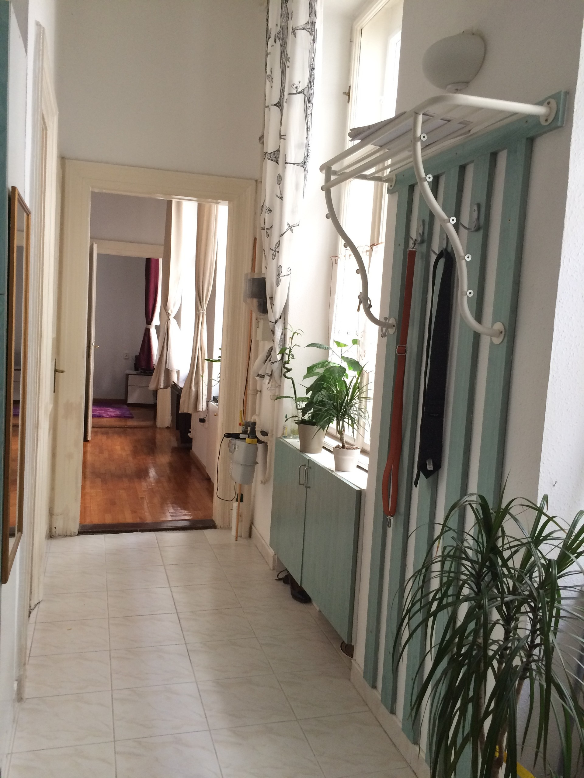 Bright, cozy and fully furnished apartment in the city ...