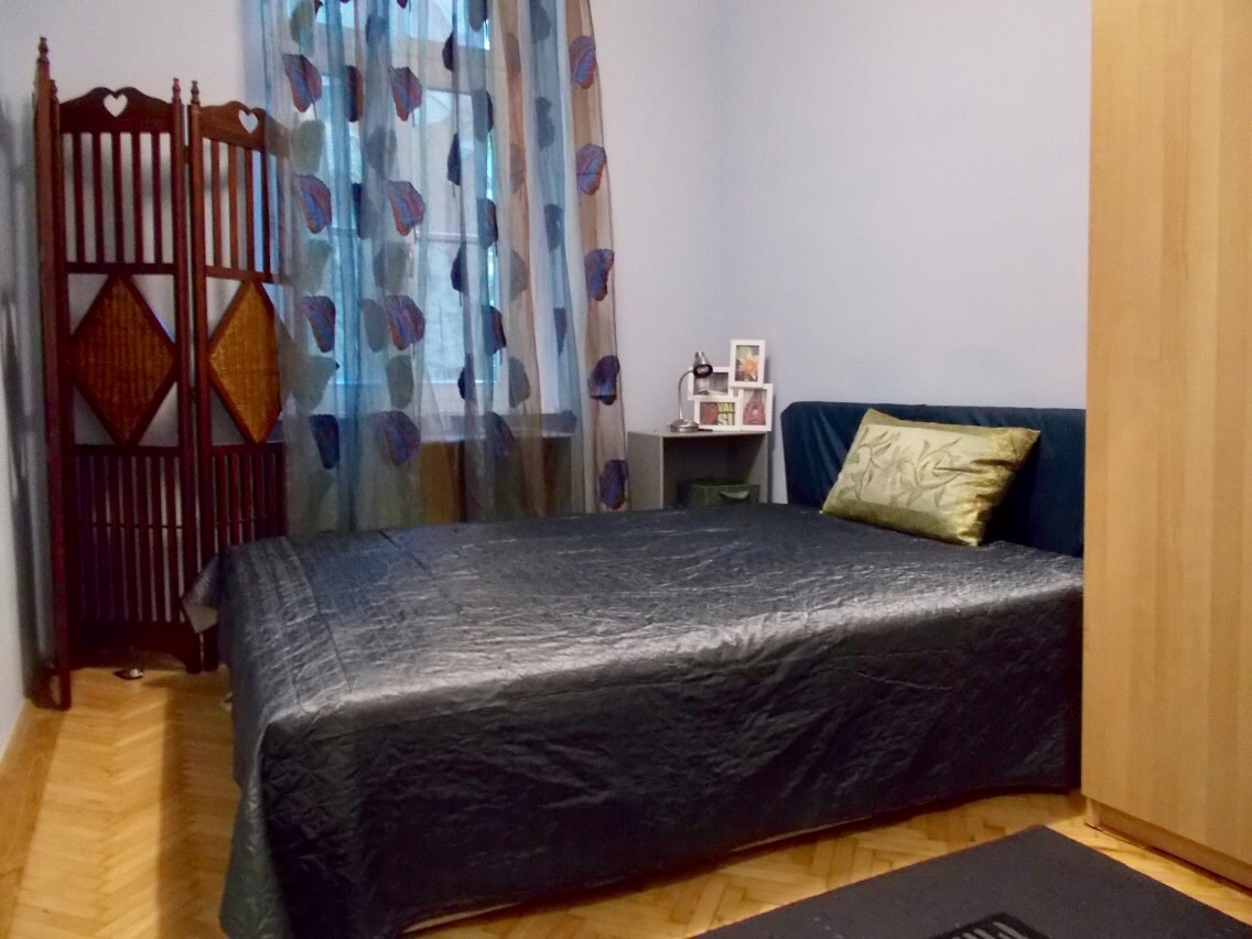 Bright, quiet 1BR in the heart of Budapest