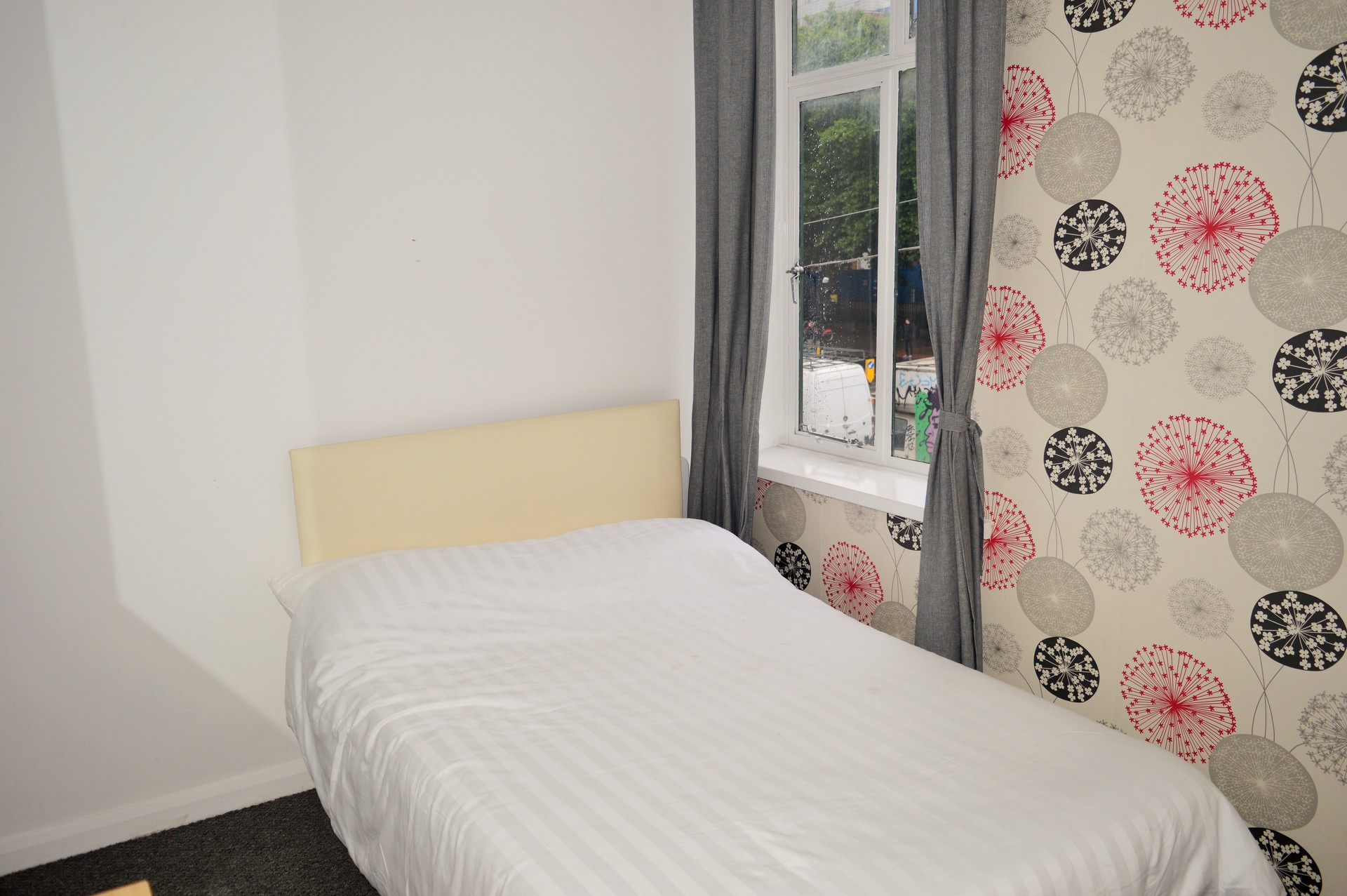 e7827e3e0325 BRIGHT SMALL DOUBLE BEDROOM FOR RENT IN EAST LONDON E1 | Room for ...