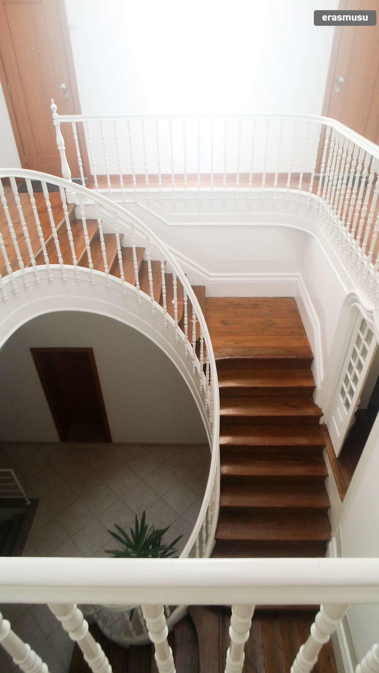 bright-studio-apartment-rent-cedofeita-410f2eeca4c7a617dbf8e320f