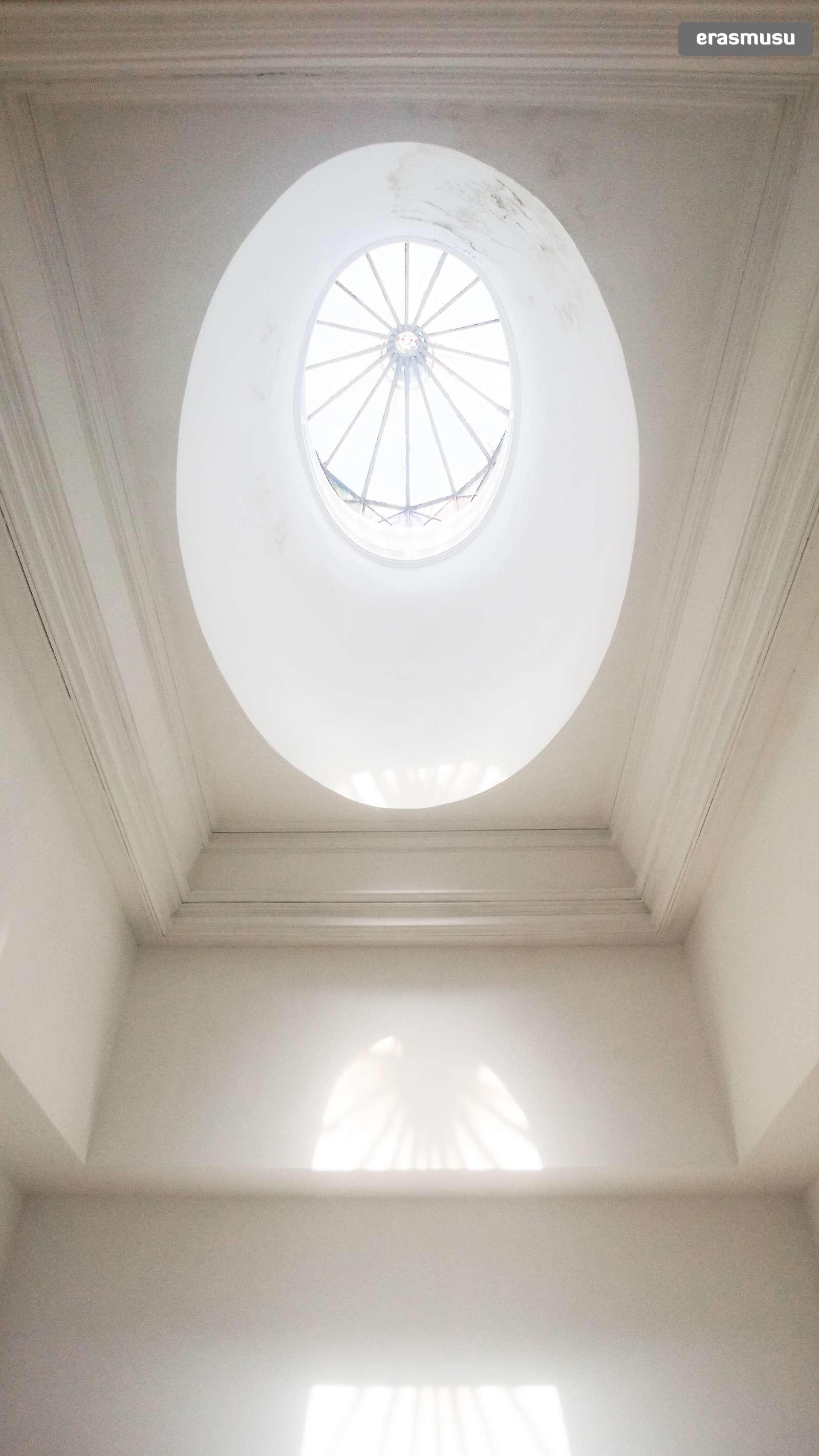 bright-studio-apartment-rent-cedofeita-d2a14a2a496ba590be63498a8