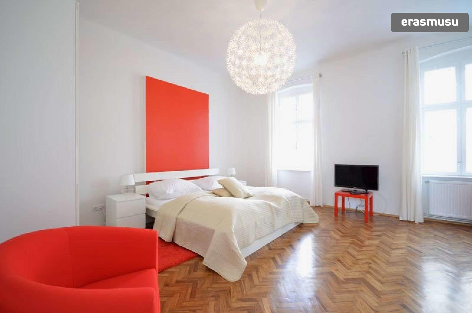 bright-studio-apartment-rent-near-ober-st-veit-u-bahn-station-95