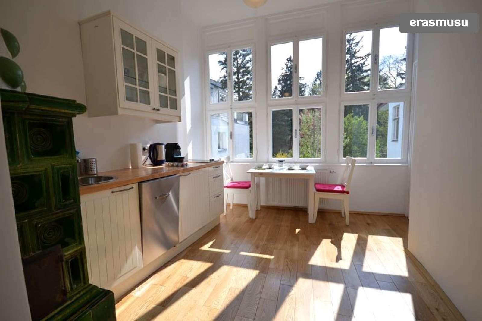 bright-studio-apartment-rent-near-ober-st-veit-u-bahn-station-b2