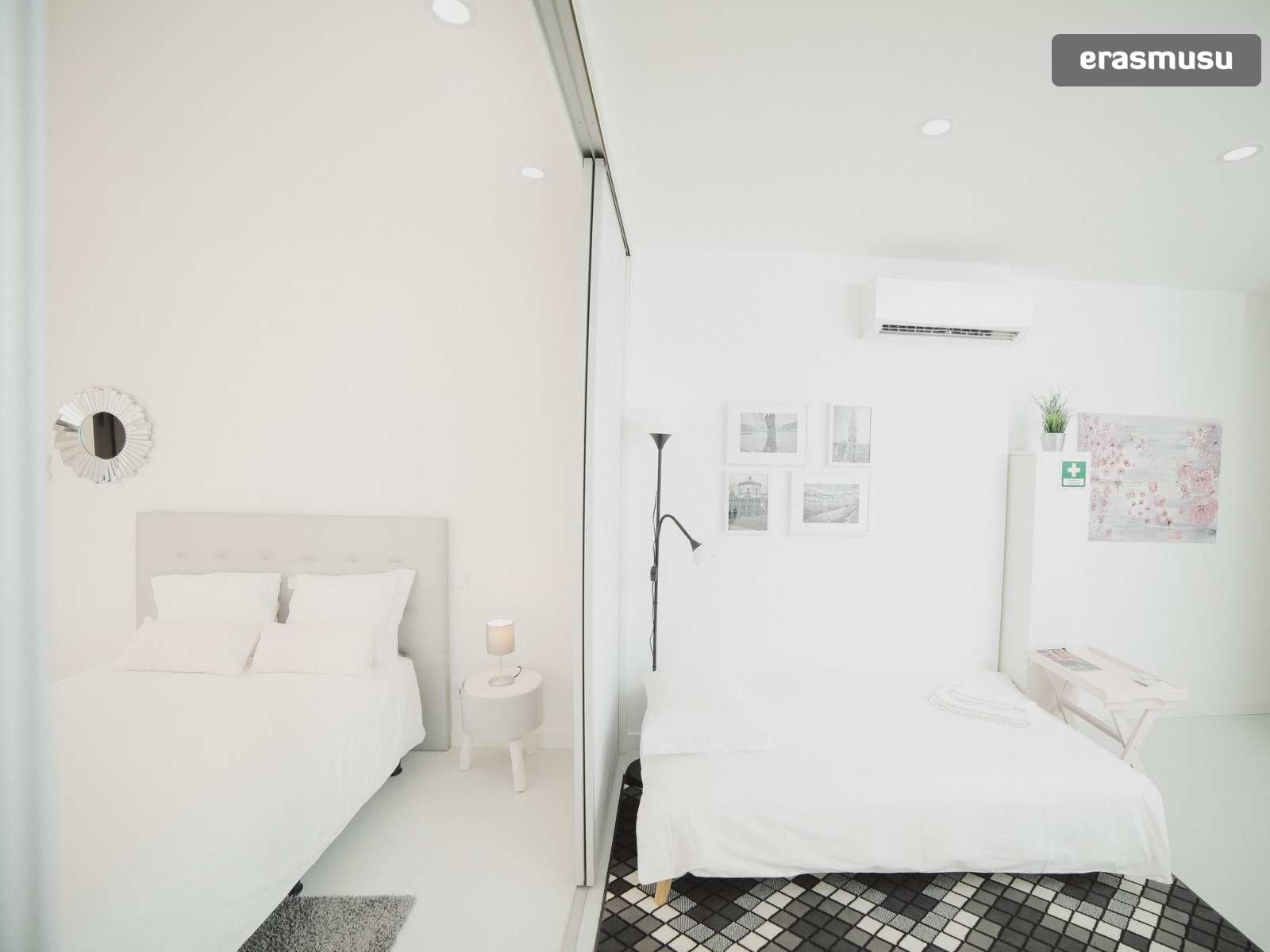 bright-studio-rent-santo-ildefonso-porto-7293b57ffd2938597901b64