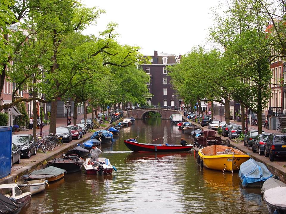 buceando-canales-amsterdam-1-f7aecd92bbd
