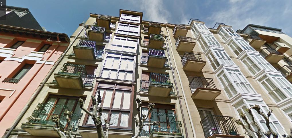 Buscamos una persona para compartir un piso amplio con 3 - Pisos para una persona madrid ...