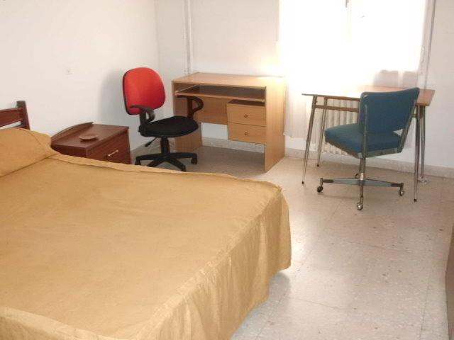 Busco chicas para compartir piso centrico cuenca espa a - Busco habitacion para alquilar en madrid ...
