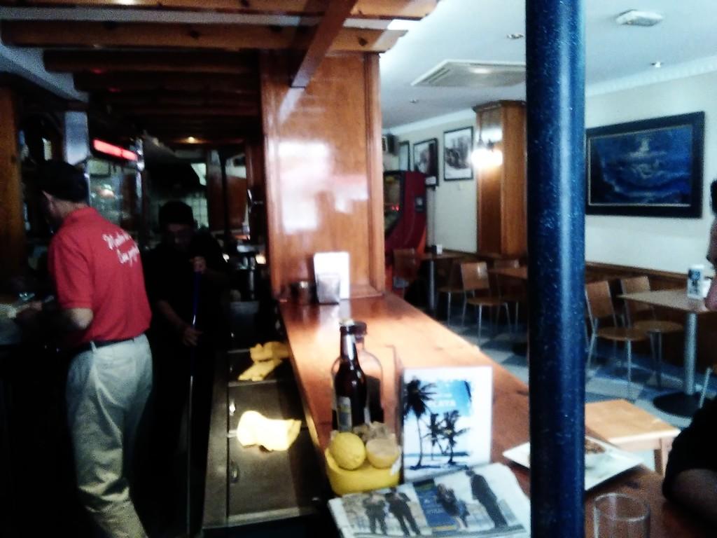 cafe-bar-la-playa-a14375c4ffc617d2beee47