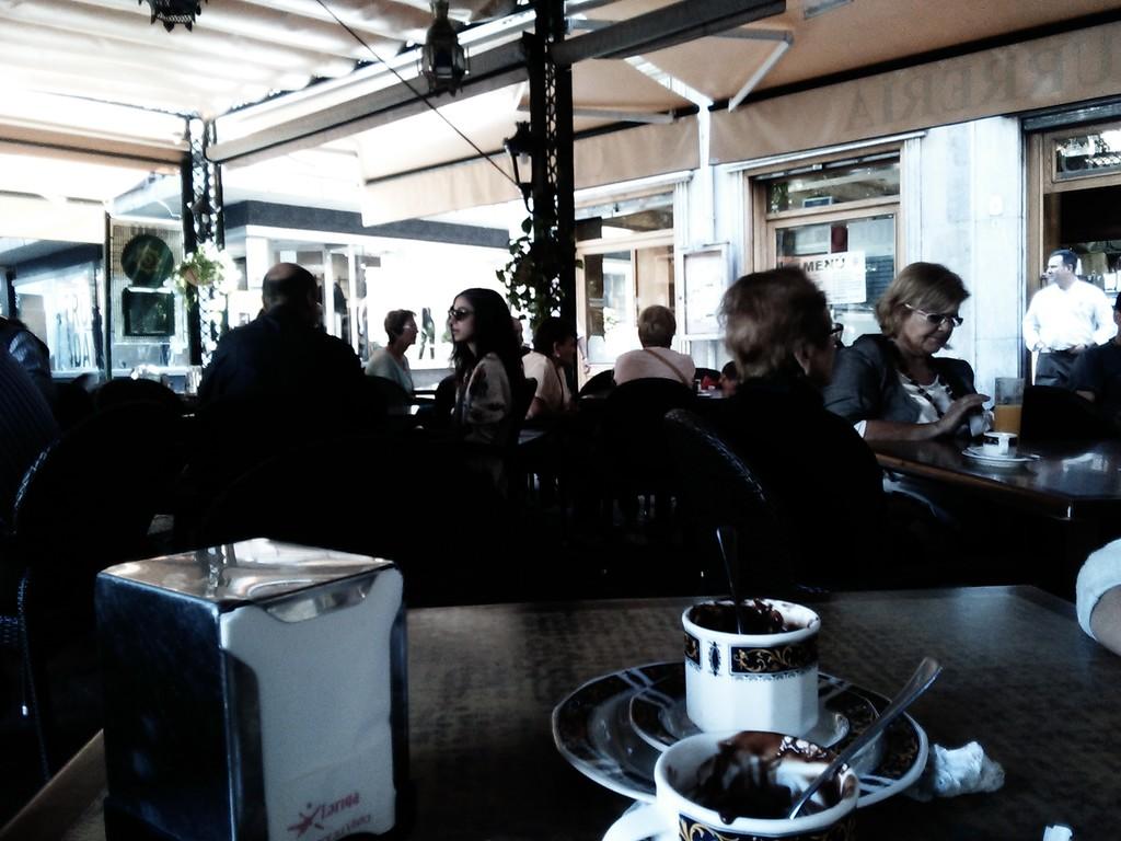 cafeteria-alhambra-6c6848edeb3fda019a7d7