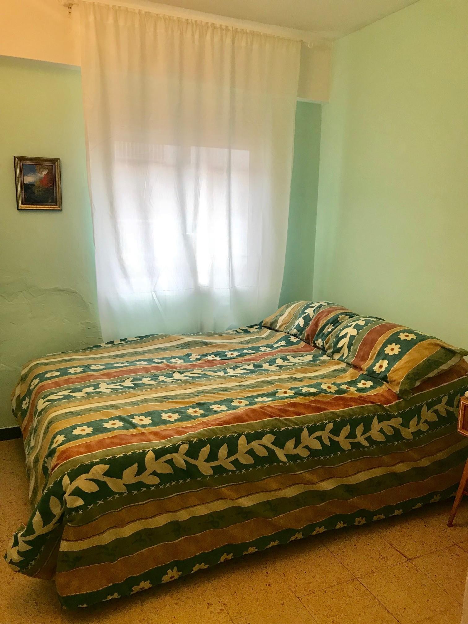Cama en habitacion de 5 camas
