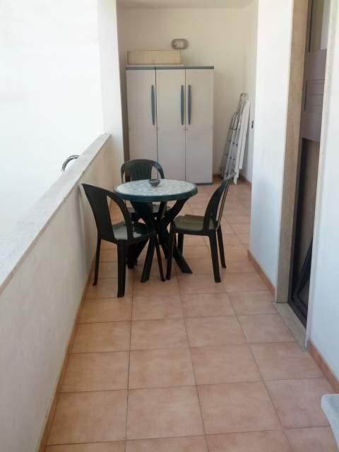 Camera doppia a uso singola con grande letto - zona Viale Leuca