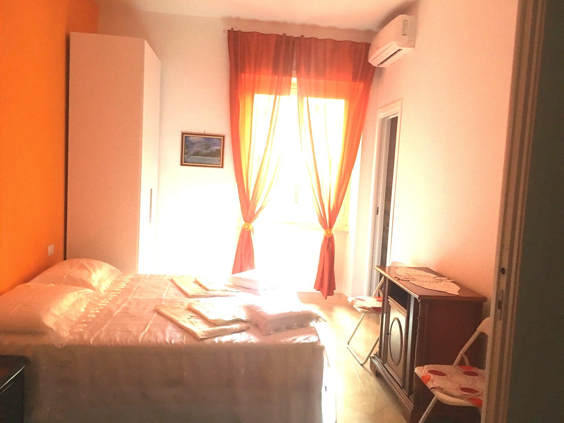 camera-in-appartamento-come-405213655241c639e755ea1ff4fd6651