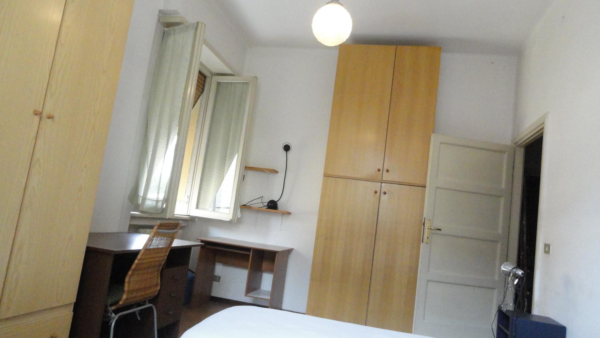 camera singola a 300 metri dal campus, in centro di Forli