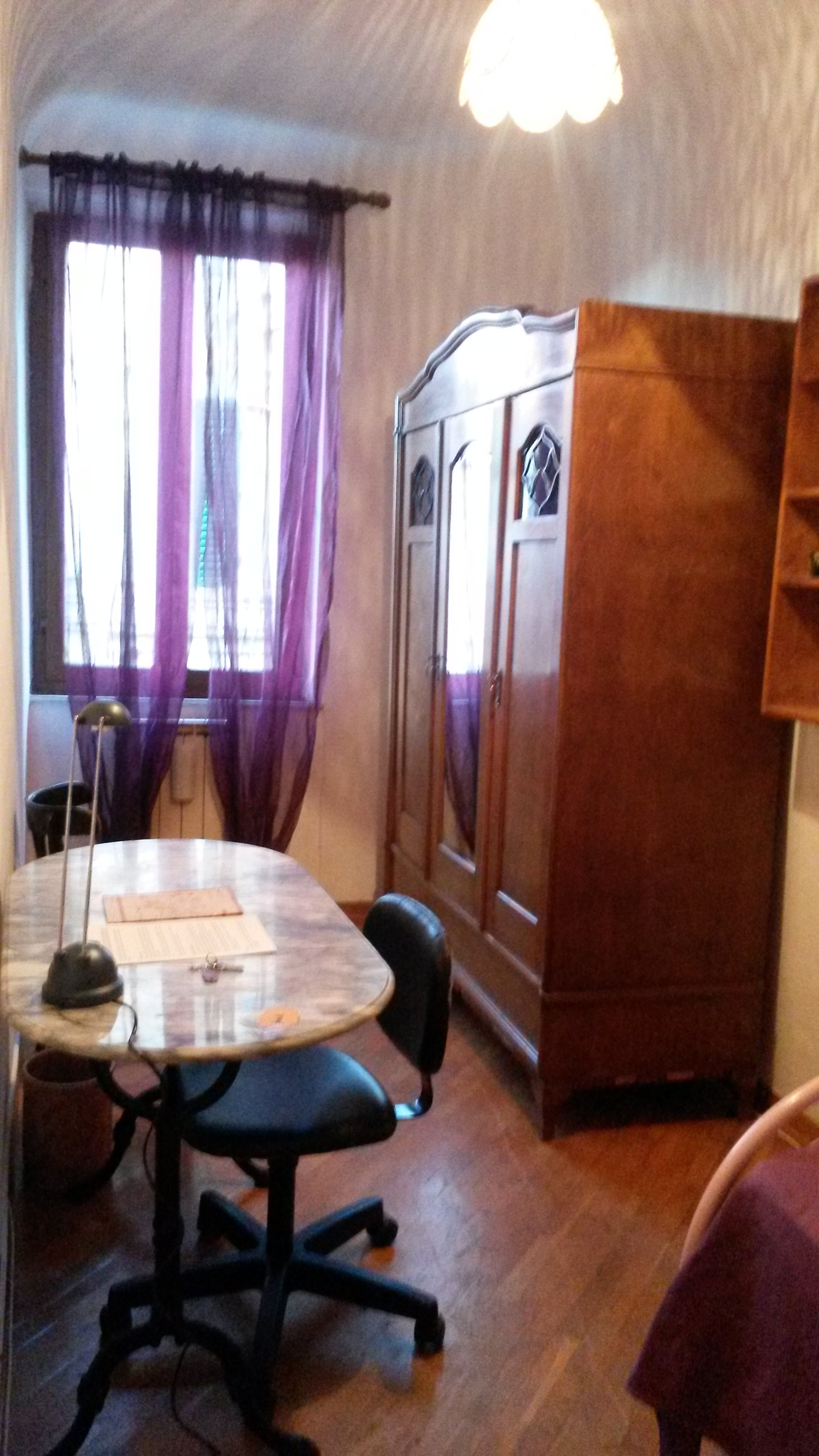 Camera Singola In Centro A Siena Room For Rent Siena # Muebles Centro Estant