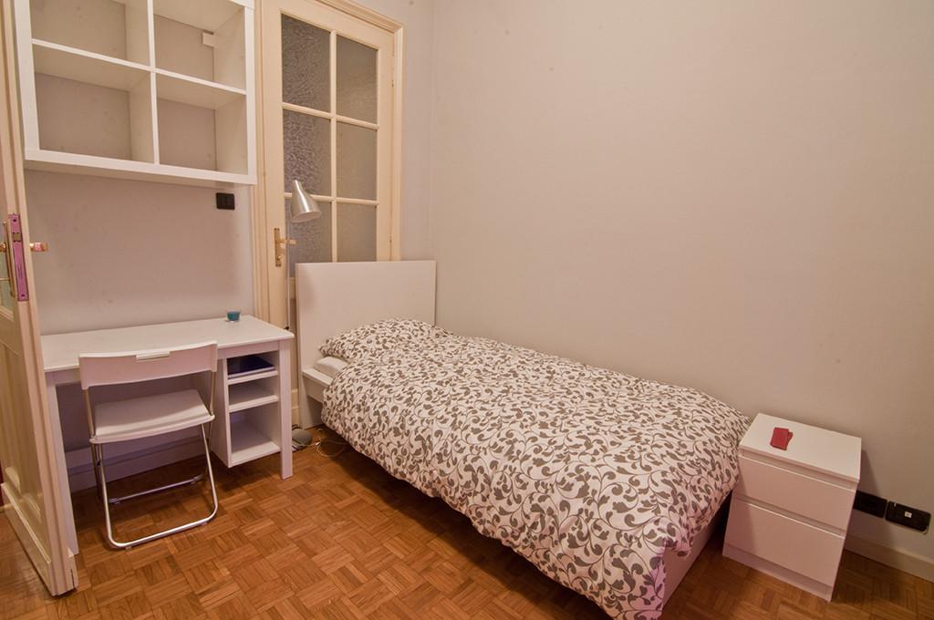 Camera singola con letto singolo - Single room with single bed ...