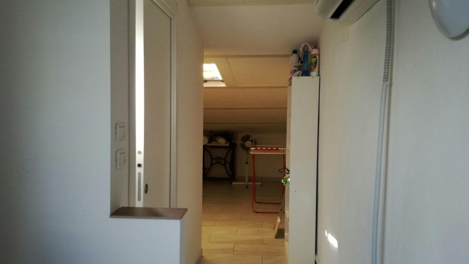 Camera con bagno in appartamento di 120 mq stanze in - Camera con bagno ...