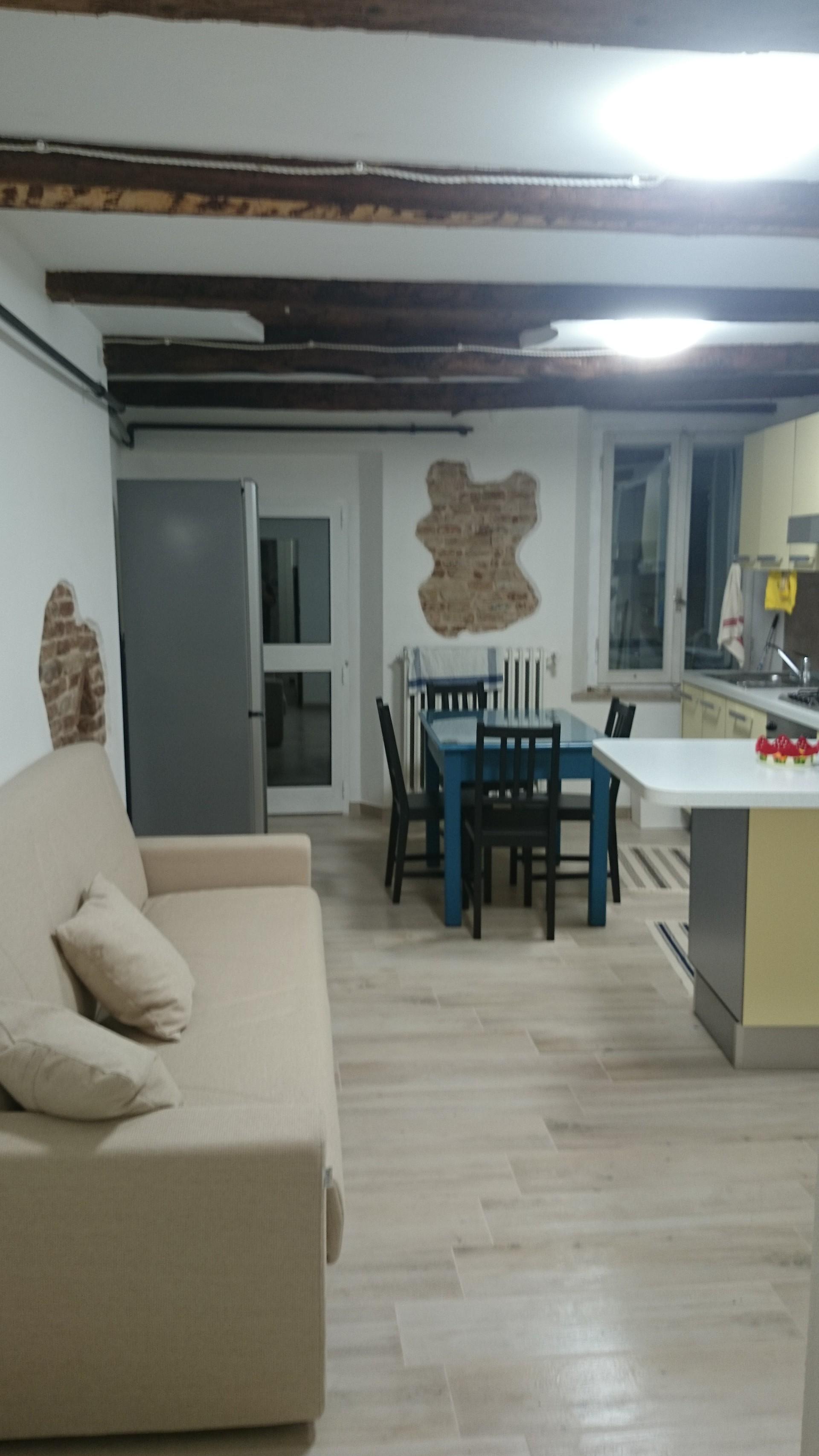 camere con bagno in appartamento di 120 mq con riscaldamento aut