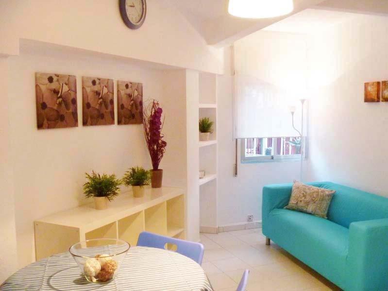 carpetana-1-fantastic-rooms-students-city-centre-madrid-incredible-price-649c24bc430be88bb8a2c4c23970aefb.jpg