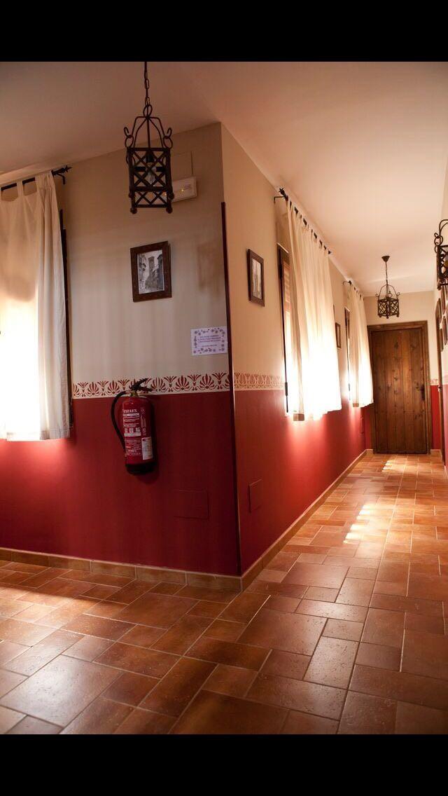 Casa  grande para compartir habitacion con baño privado comparti