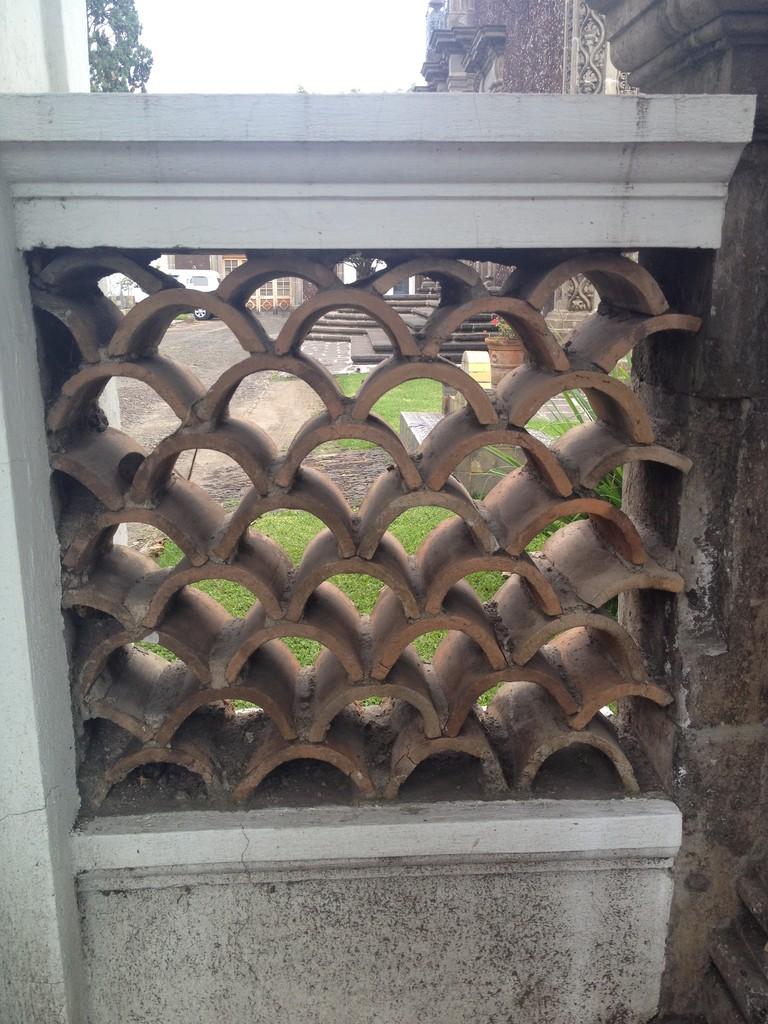 Casa de piedra volcánica tipica arquitectura Regionalista
