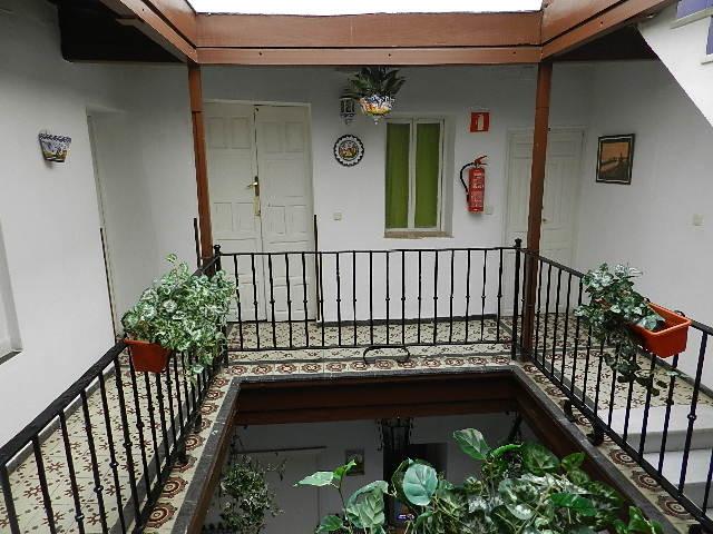 Casa tipica sevillana siglo xix en casco historico de for Alquiler casa en umbrete sevilla