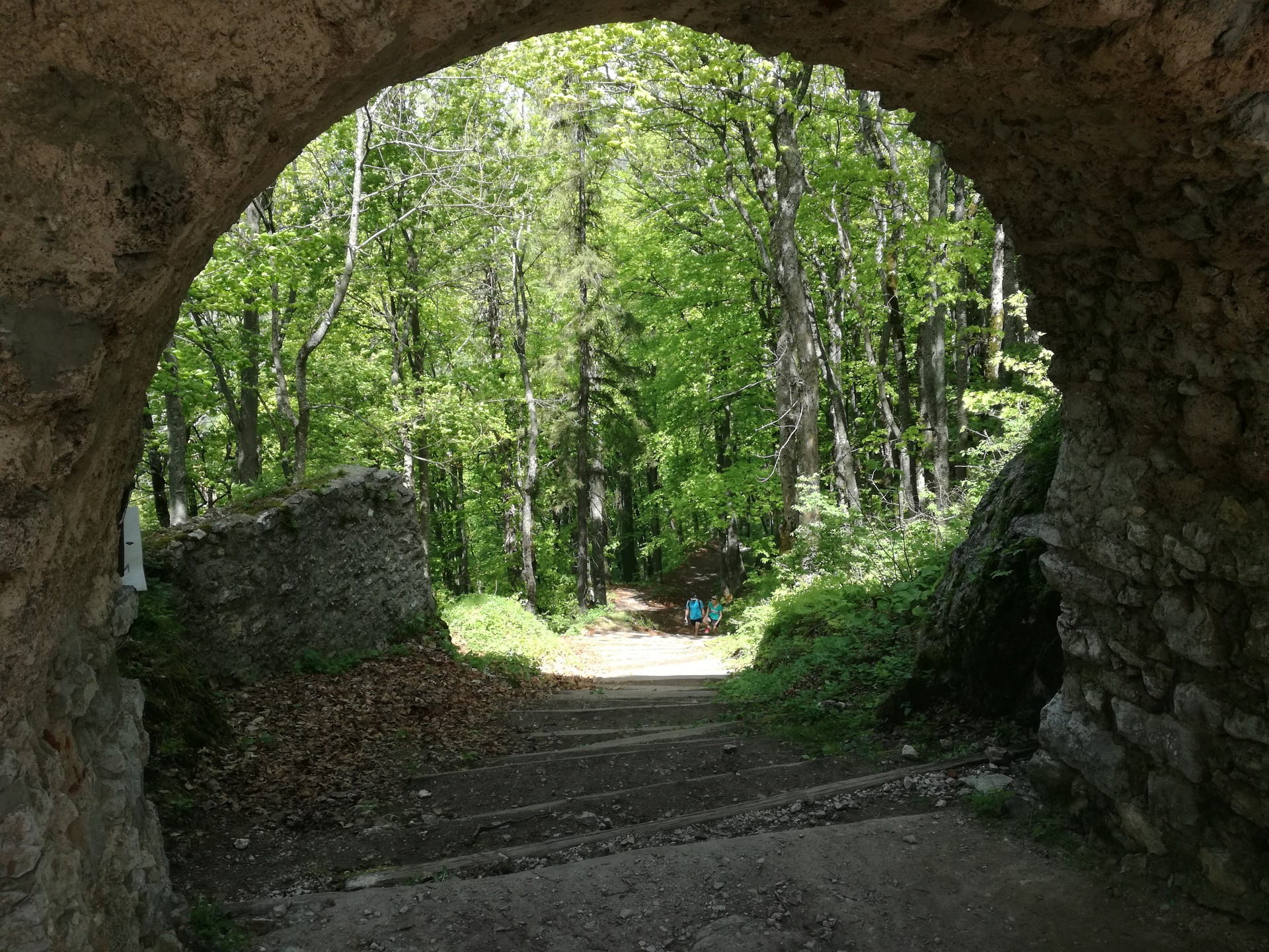 castillo-muran-247132b31752160fe16512c1a