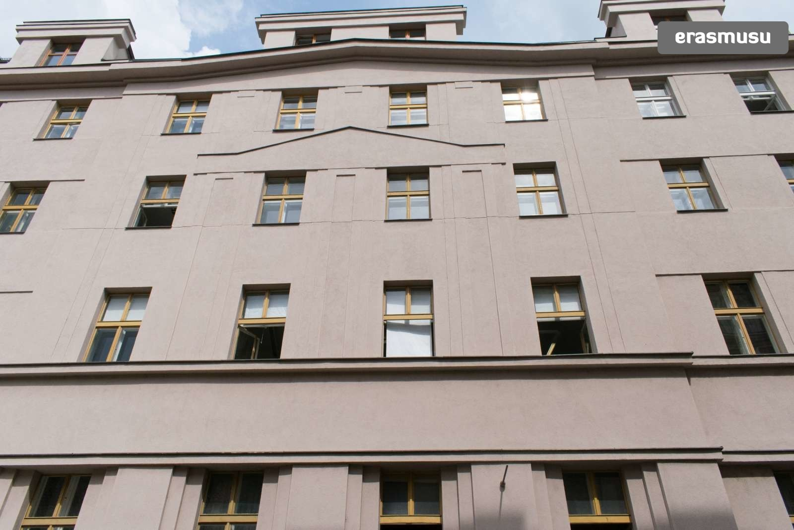 Casual 1 Bedroom Apartment For Rent Near National Theater In Nove Mesto Flat Rent Prague