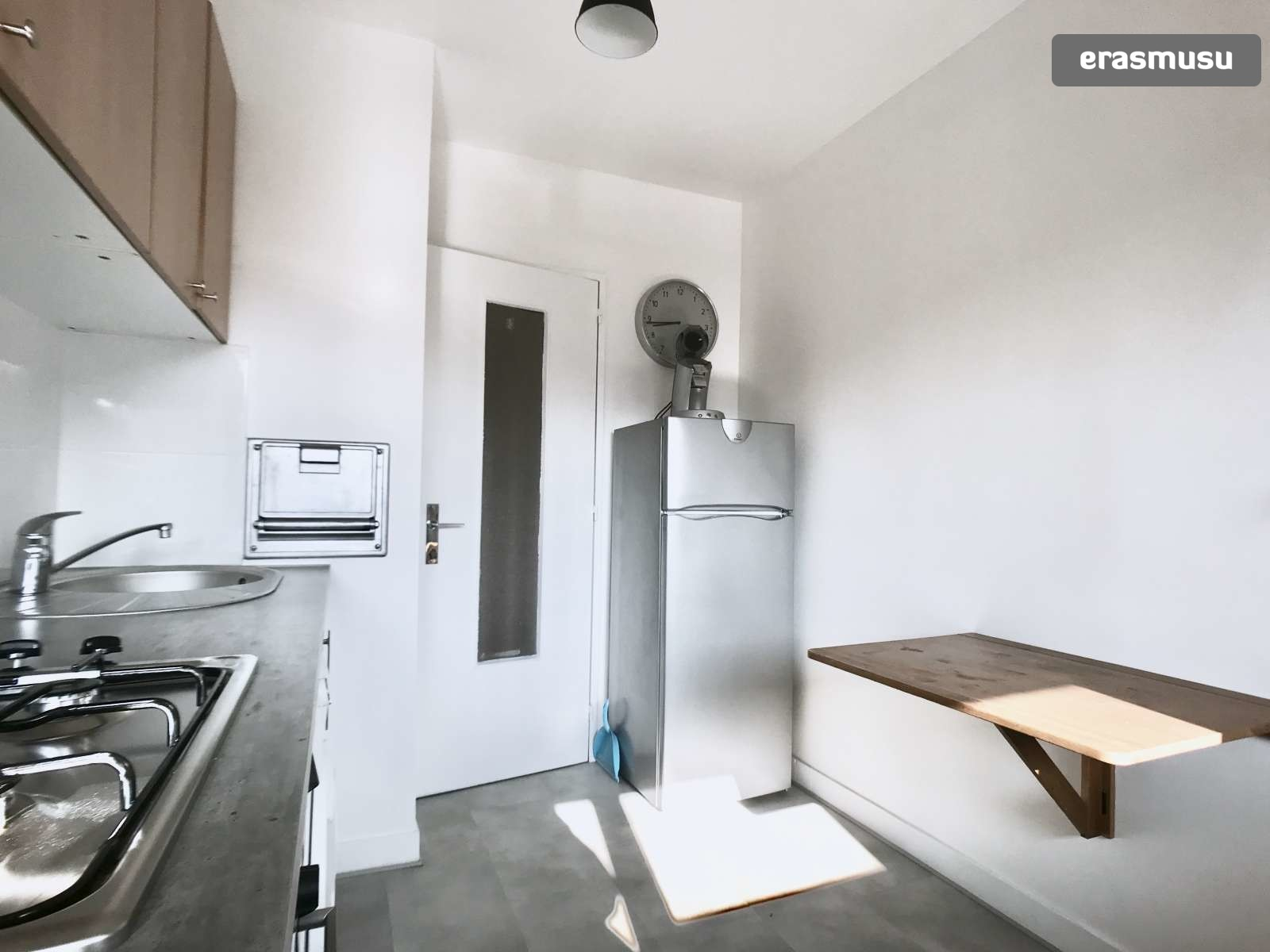 d59e146c379 Casual studio apartment for rent near University of Paris Descartes ...