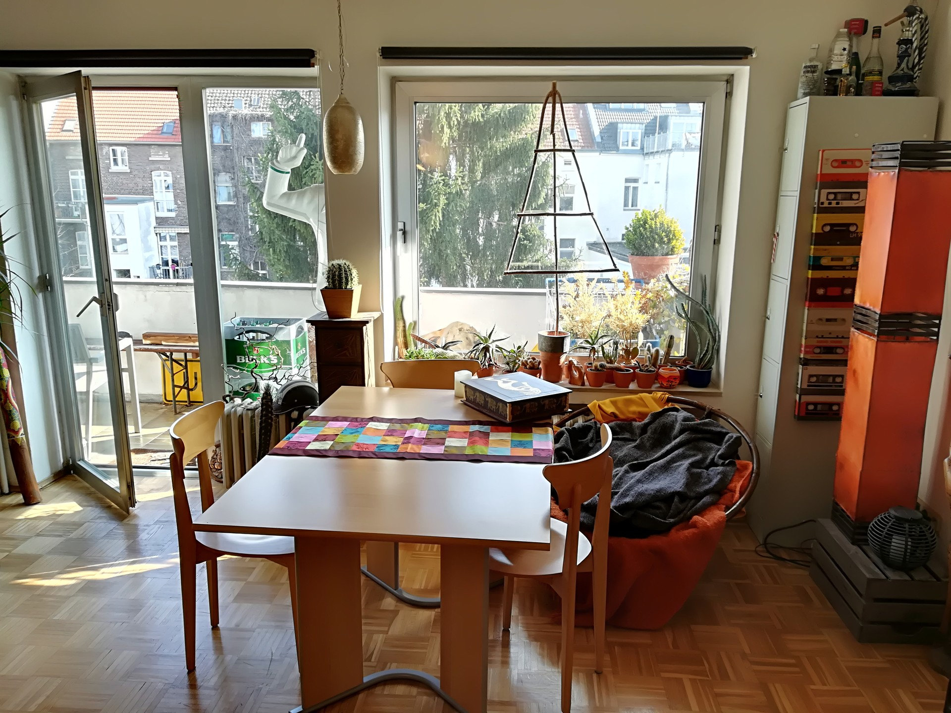 central-quiet-apartment-43qm-balcony-656