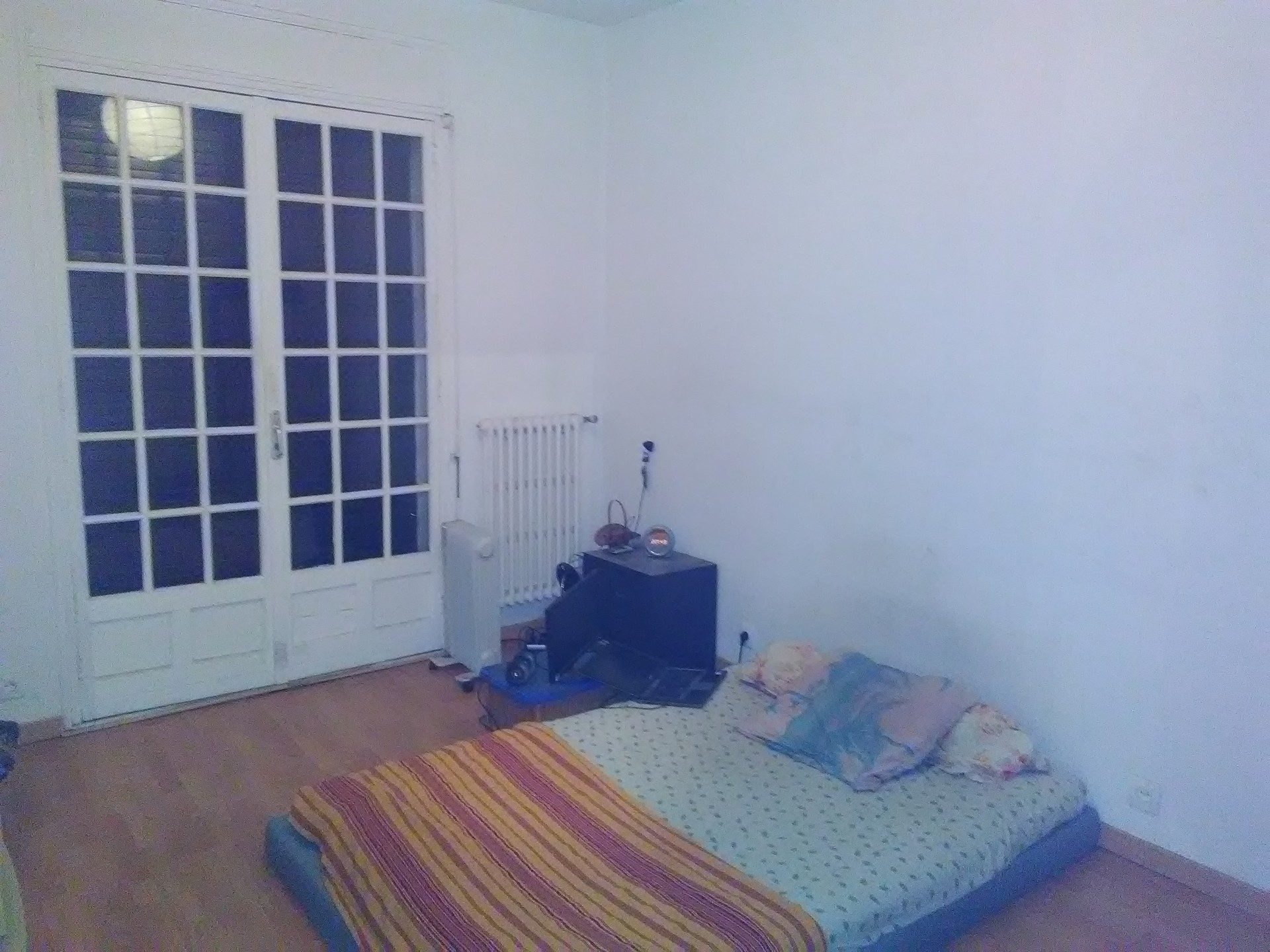Chambre 15m2 dans grande maison Marseille 10¨me