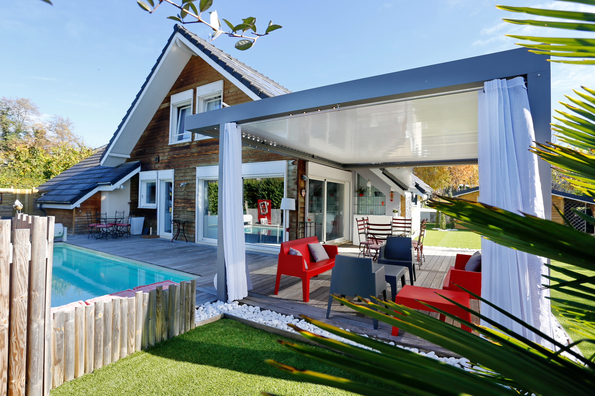 Chambre Bleue Chambery maison avec piscine