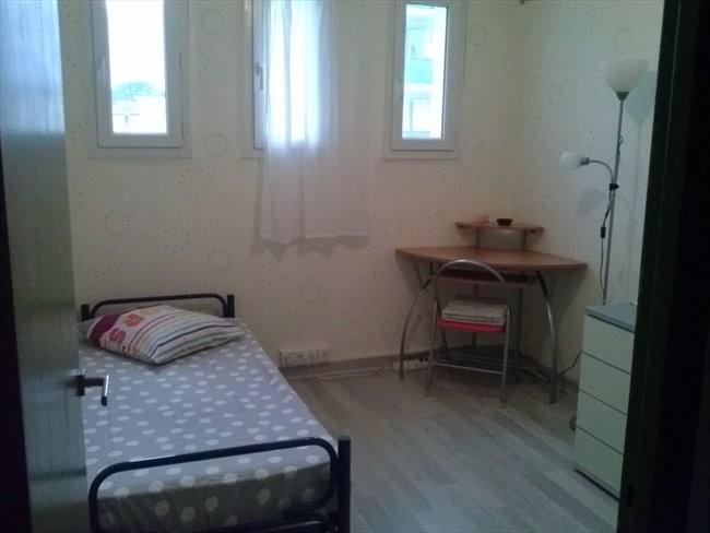 Chambre dans un grand appartement location chambres - Location chambre chez l habitant montpellier ...