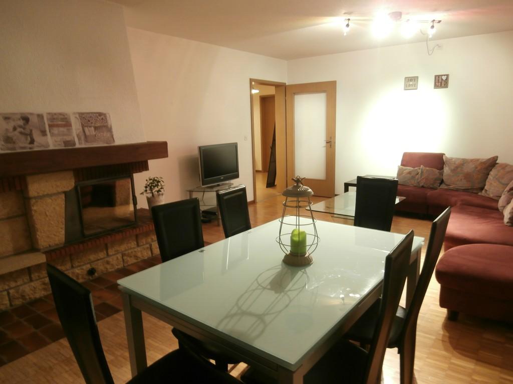 Chambre pour colocation tudiante dans appartement 4 5 for Prix chambre etudiant