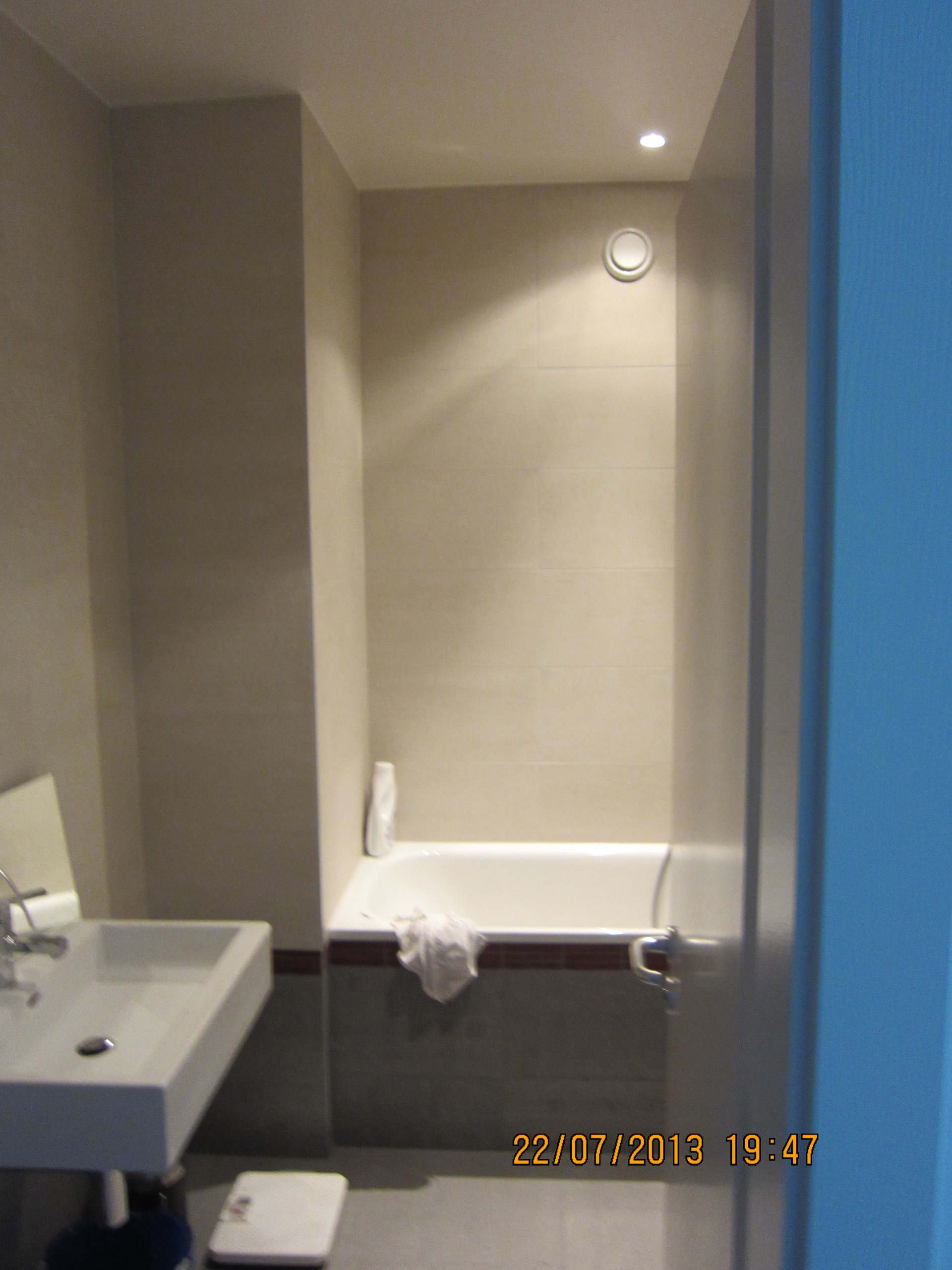 Room Available In Lausanne Share This Pleasant Apartment You