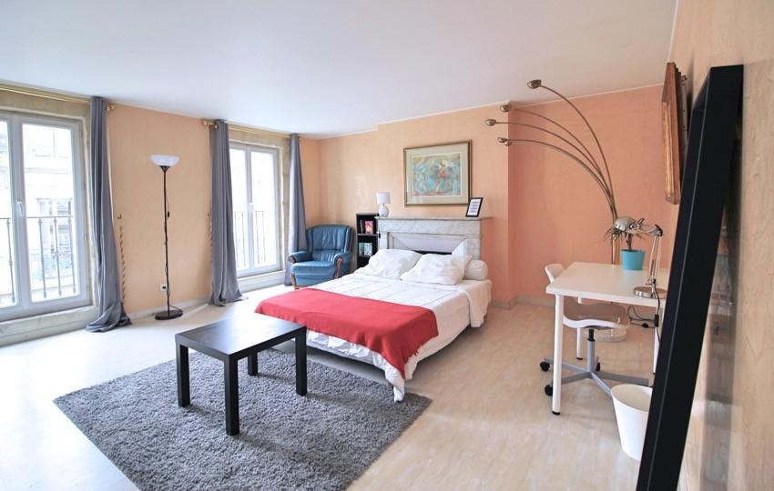 Chambre de 25m², dressing privatif et clim dans un grand apparte