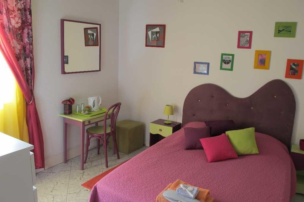 Chambre Fuschia Chambery Maison Avec Piscine Room For Rent Chambery