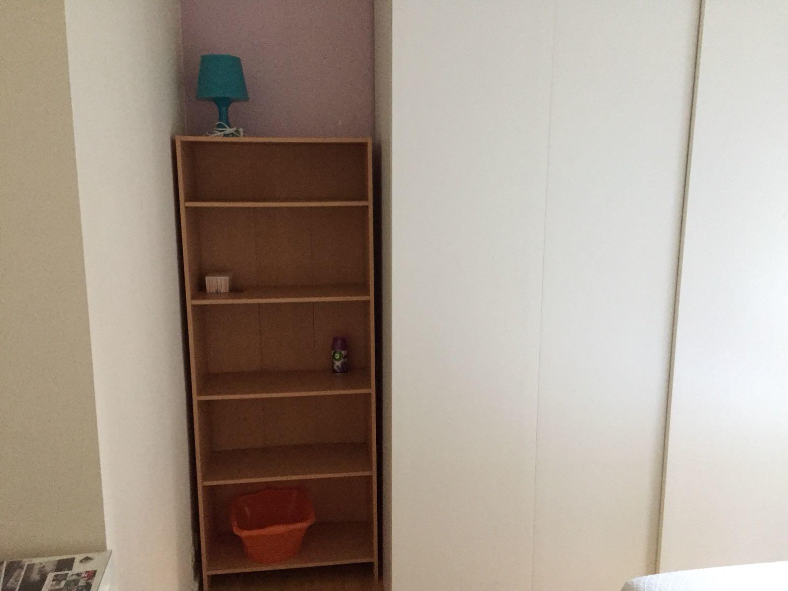 Meuble Micro Onde Ikea chambre meublée dans grand appartement à etterbeek - 640euro