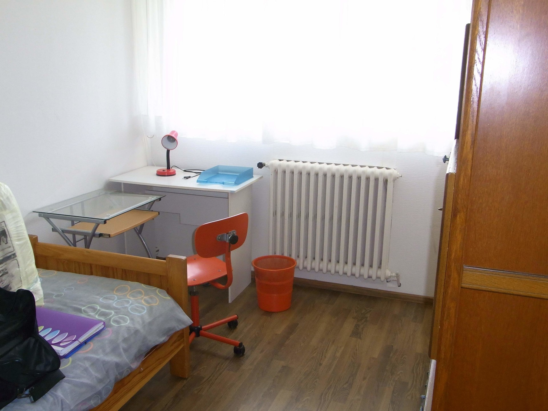 chambre-proche-metro-12e731390b609e78e3acf2a0d877a73b