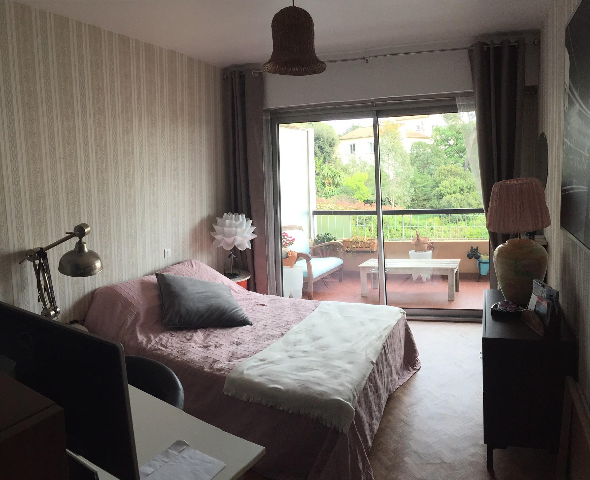 Chambre avec salle d\'eau privative | Location chambres Cannes