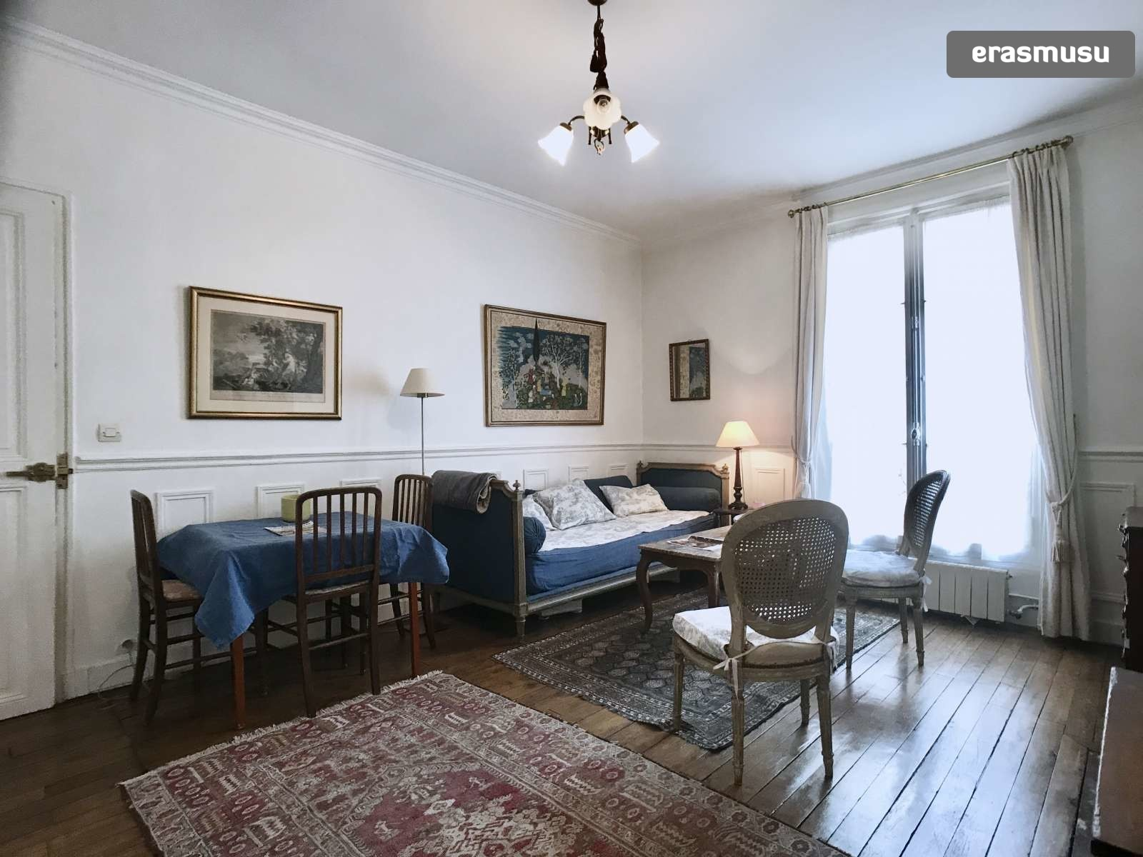 Cool Charming 2 Bedroom Apartment For Rent Near Eiffel Tower In Paris 7 Beutiful Home Inspiration Xortanetmahrainfo