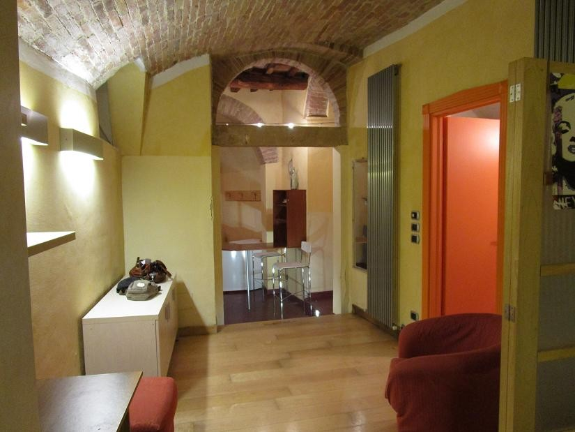 CHARMING STUDIO APARTMENT IN OLD TOWN, FOR 1 OR 2 PERSONS CLOSE TO THE UNIVERSITY OF FOREIGNERS | Flat rent Perugia