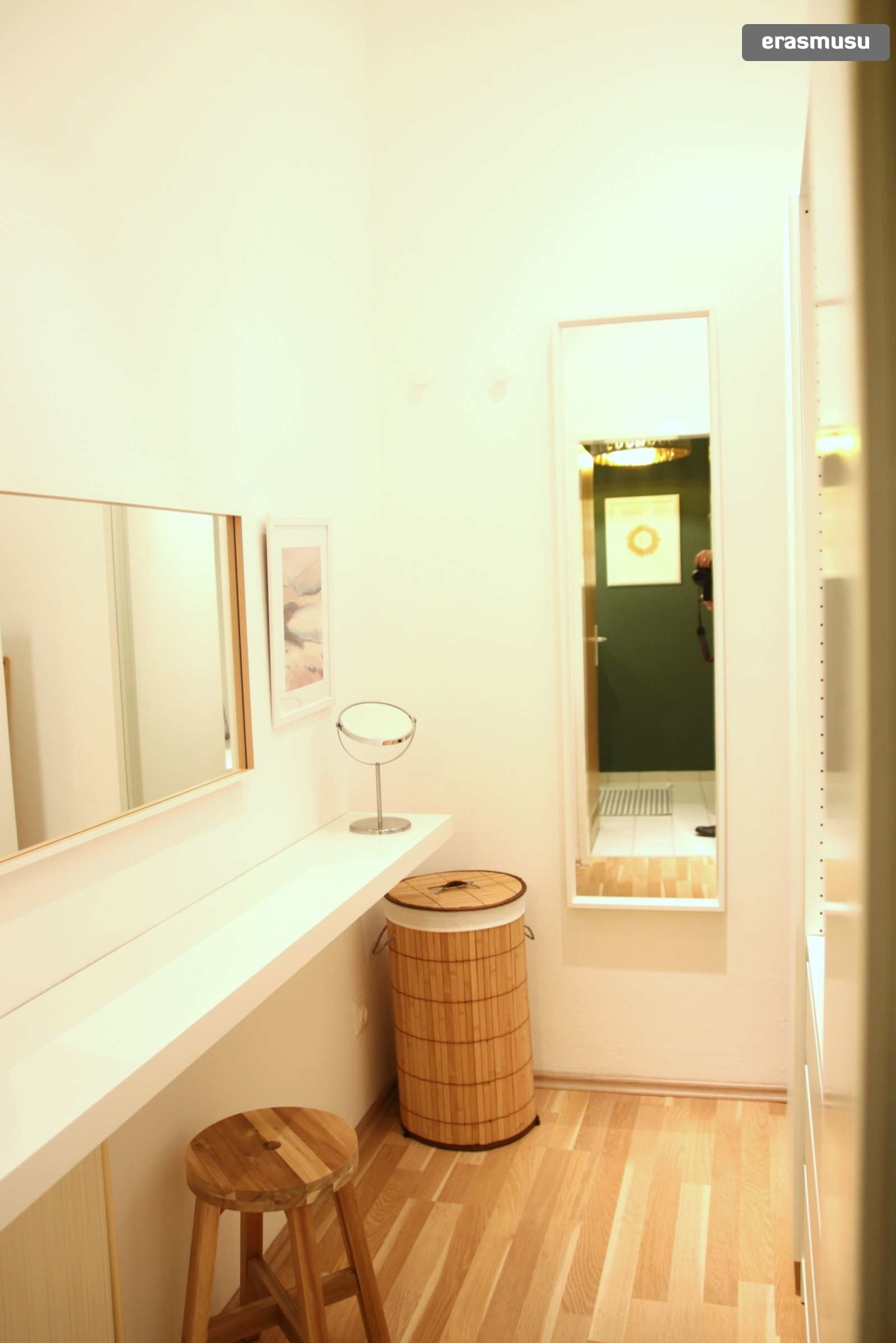 charming-studio-apartment-rent-wahring-a93f210faf44d8380a8c7aa3a
