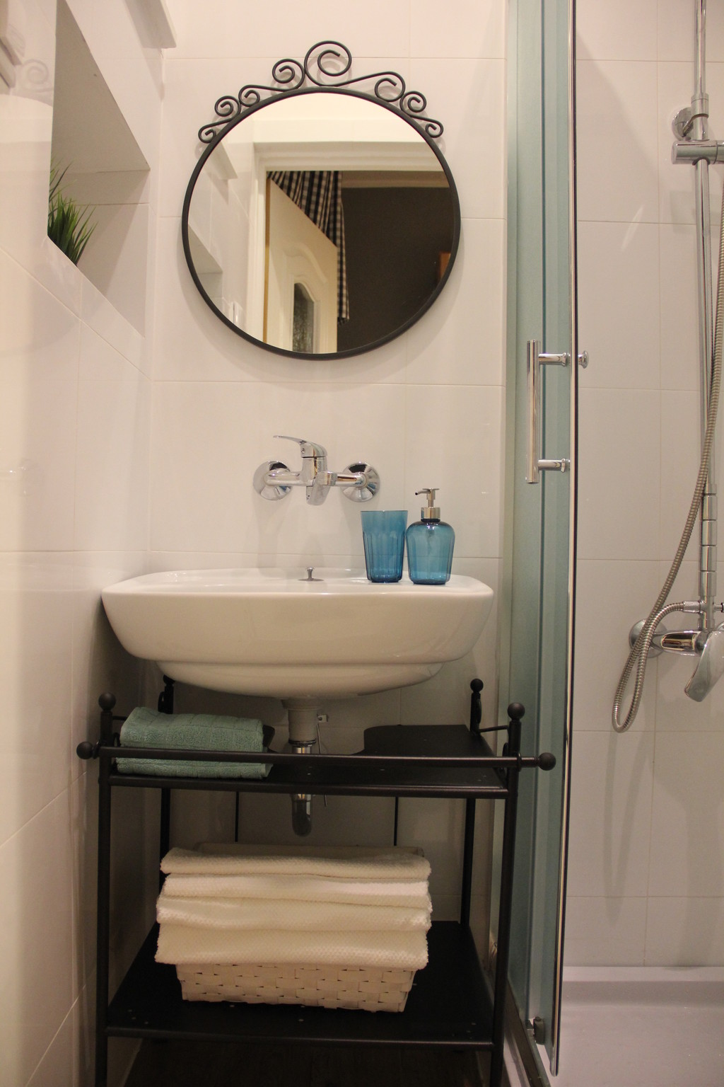 Cheap 2 bedroom apartment close to the Technical ...