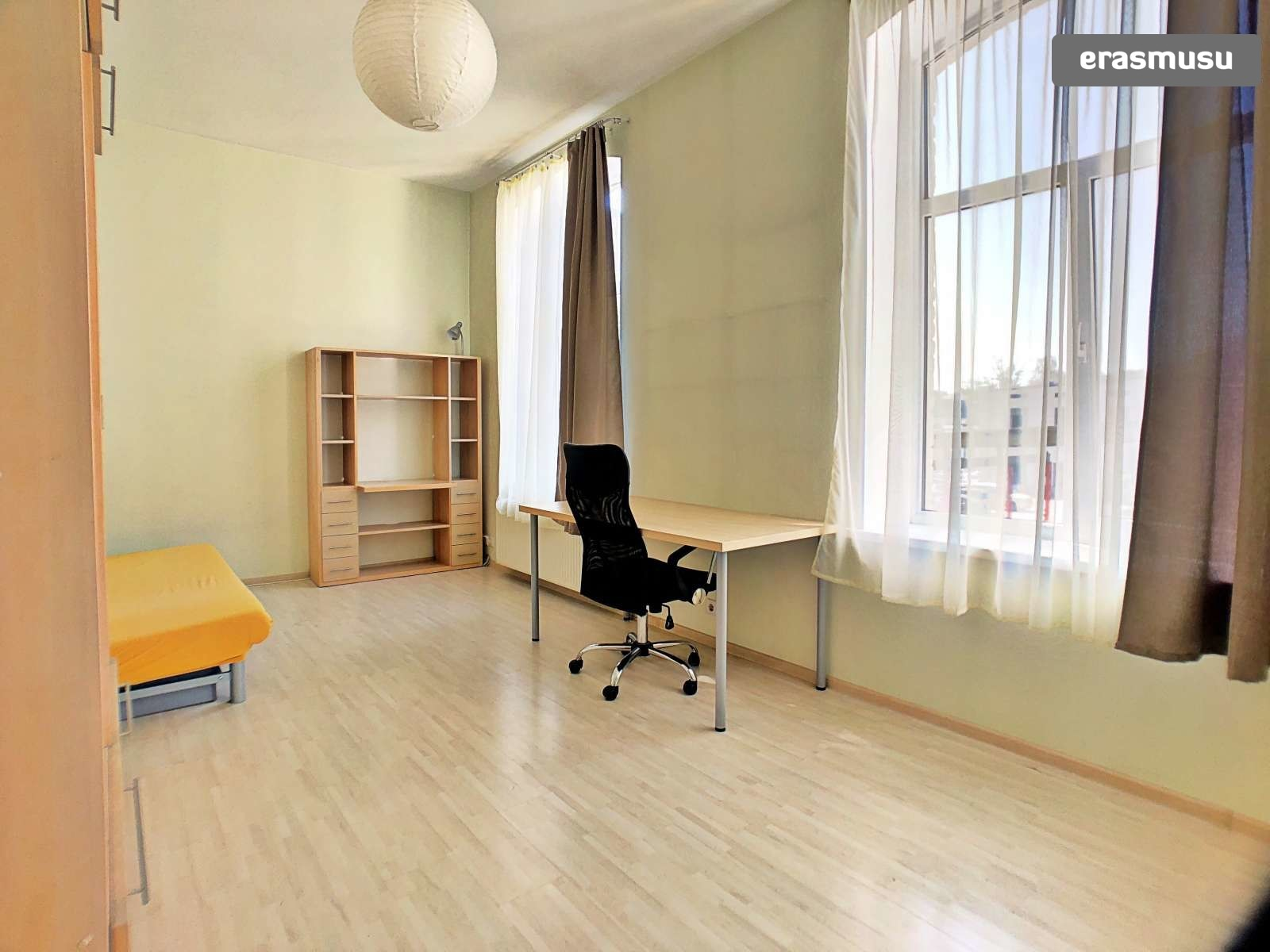 cheery-cute-studio-apartment-rent-dzirciems-3076ddee9f3229badb6e