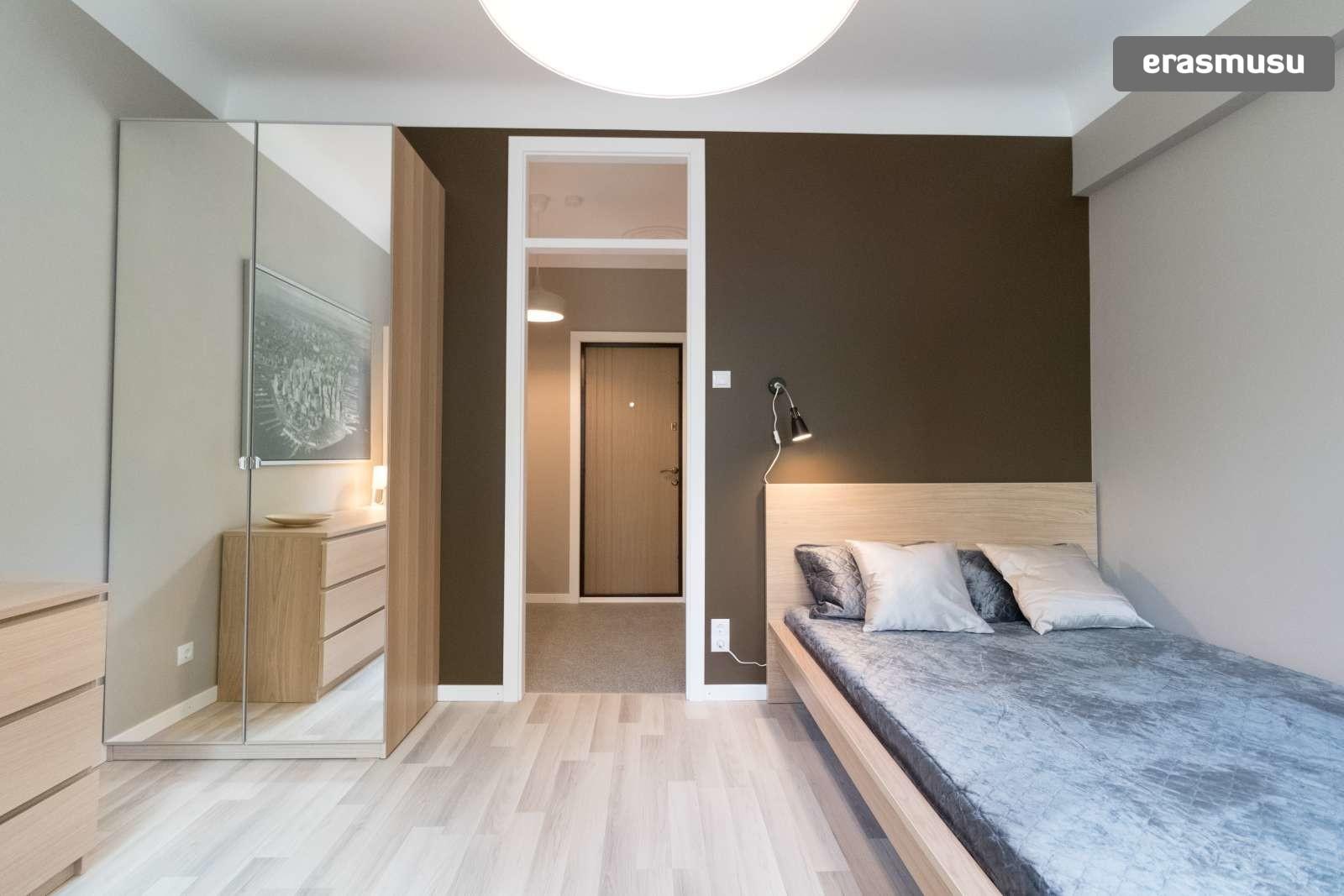 chic-studio-apartment-rent-teika-167f4afb953f7b667924f348755a808