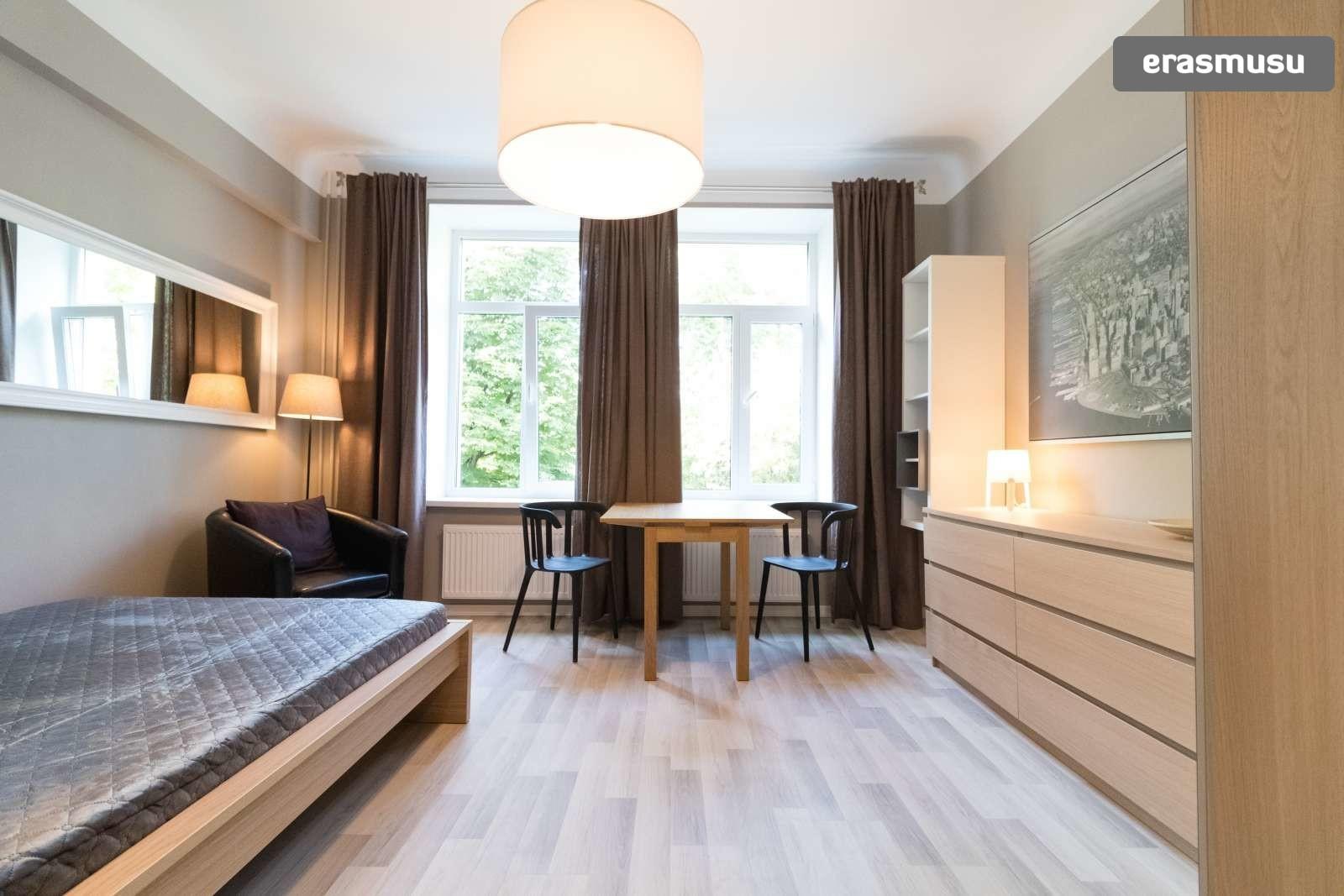 chic-studio-apartment-rent-teika-2a950ada1ace1772040402e2ad46beb