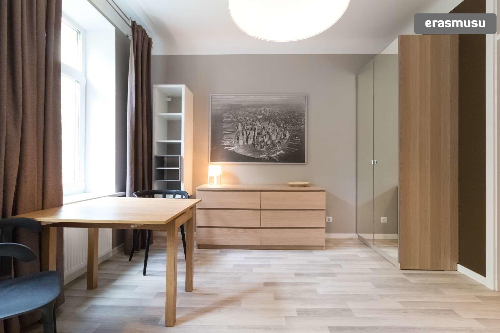 chic-studio-apartment-rent-teika-ac291b35f15751fc2f5463804fe4fcd