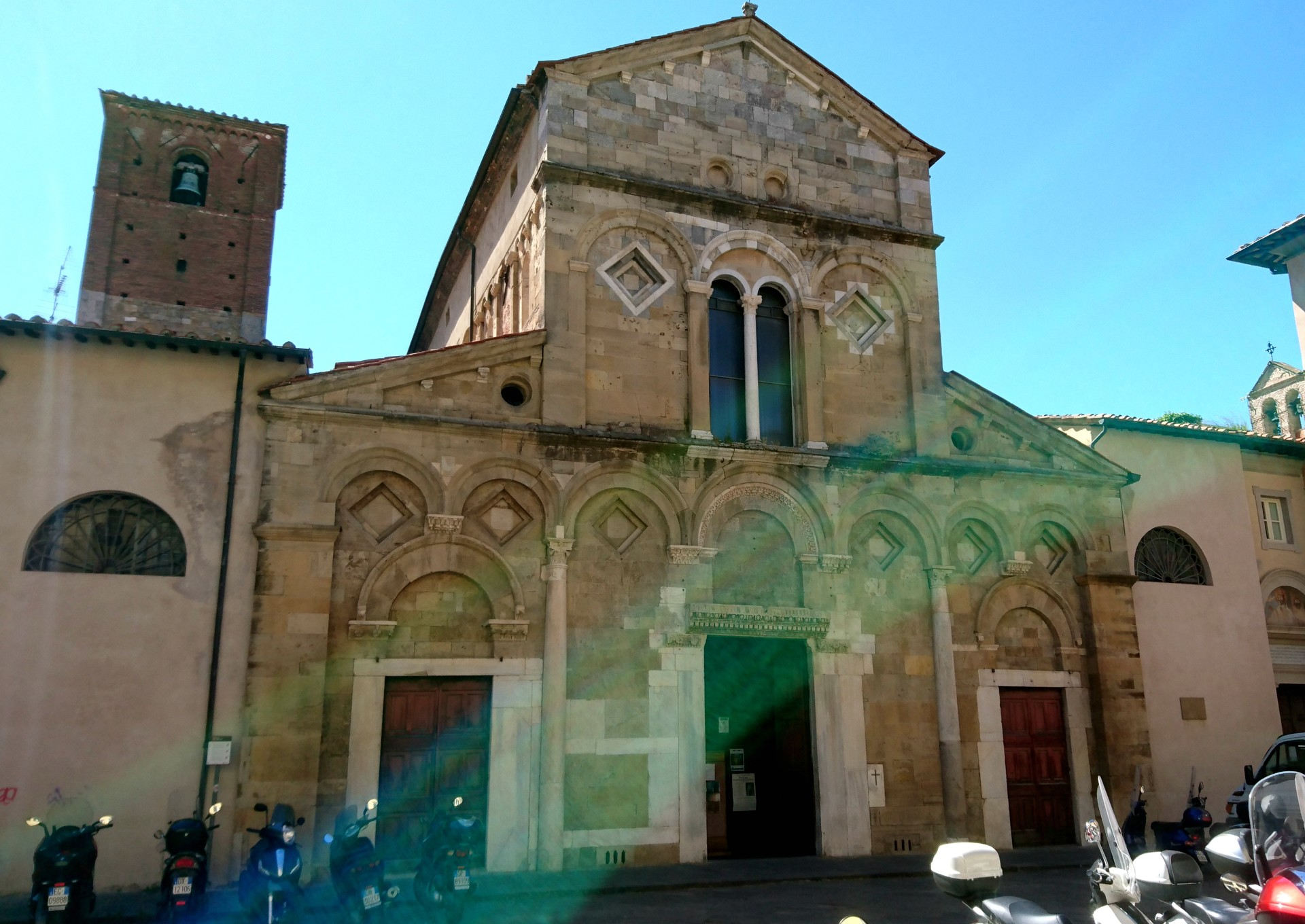 churches-beauty-1065f472e5722079c84a433c