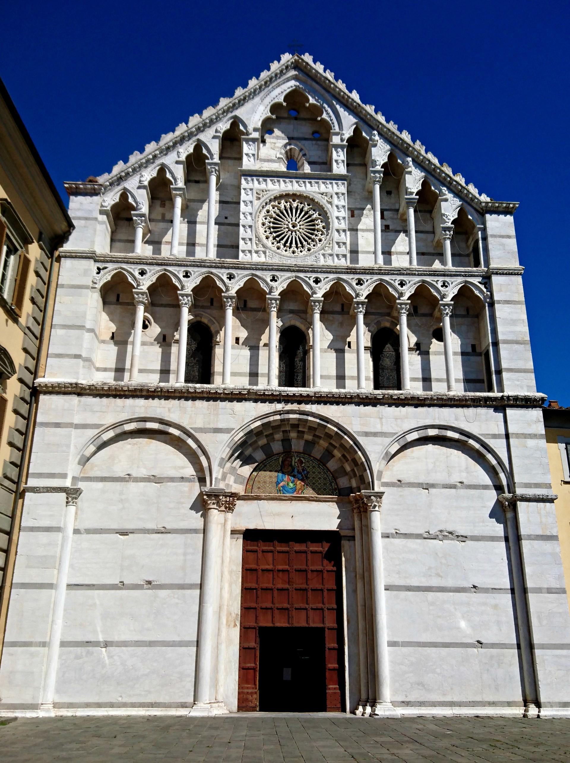 churches-beauty-dbfa7891cd64e4ab57585843