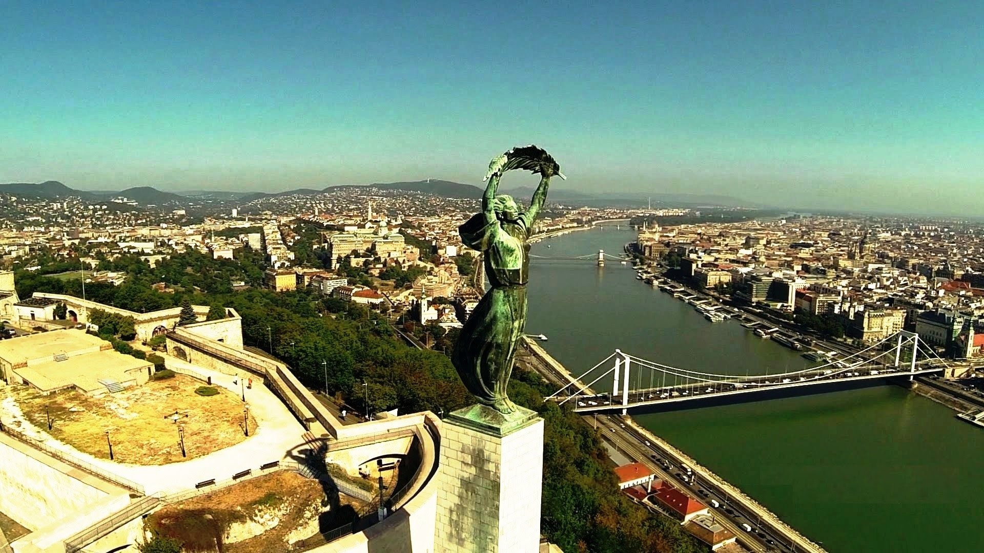 citadella-budapest-7ecb280762e4399f3c187